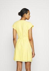 Vero Moda - VMLEAH SHORT DRESS - Day dress - cornsilk - 2