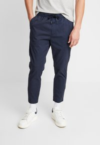 Solid - TRUC CROPPED - Trousers - dark blue - 0