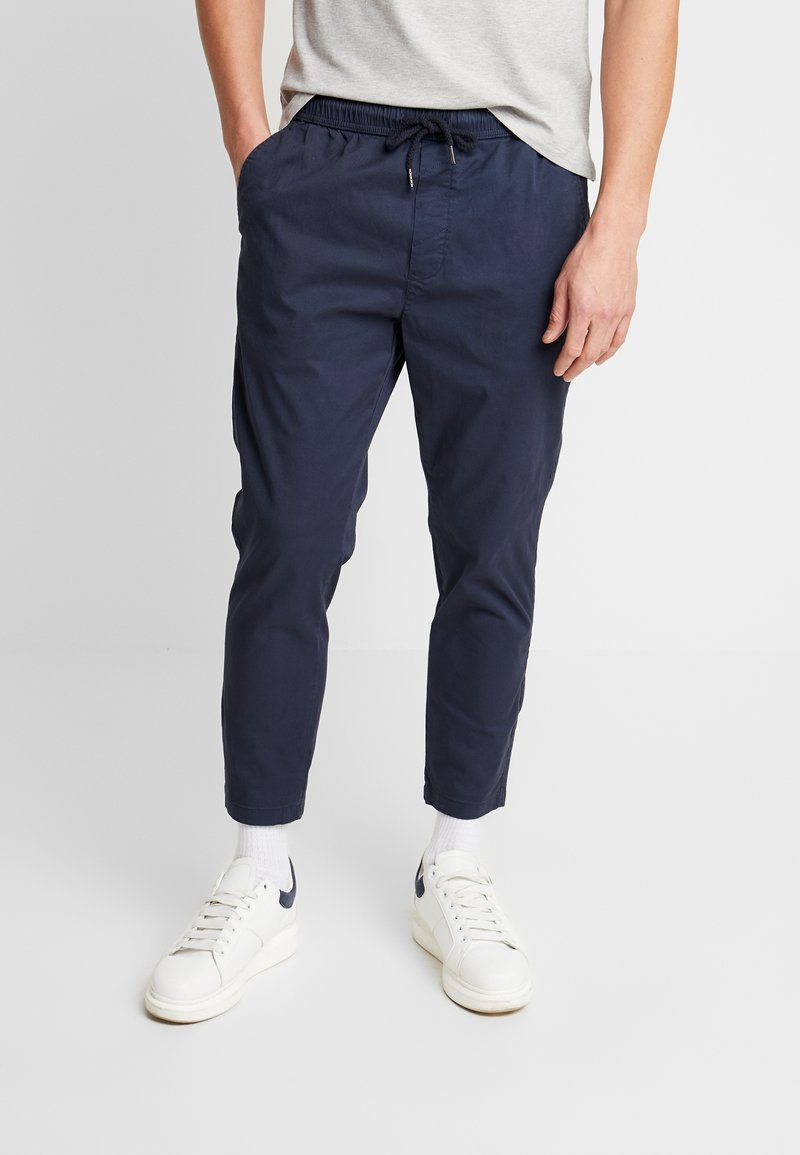 Solid - TRUC CROPPED - Trousers - dark blue