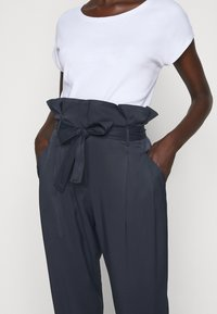 MAX&Co. - VICINO - Pantalon classique - midnight blue - 4