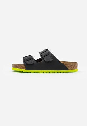 ARIZONA - Slippers - desert soil black/acid lime