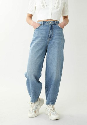 SLOUCHY HIGH WAIST - Relaxed fit -farkut - denimblau