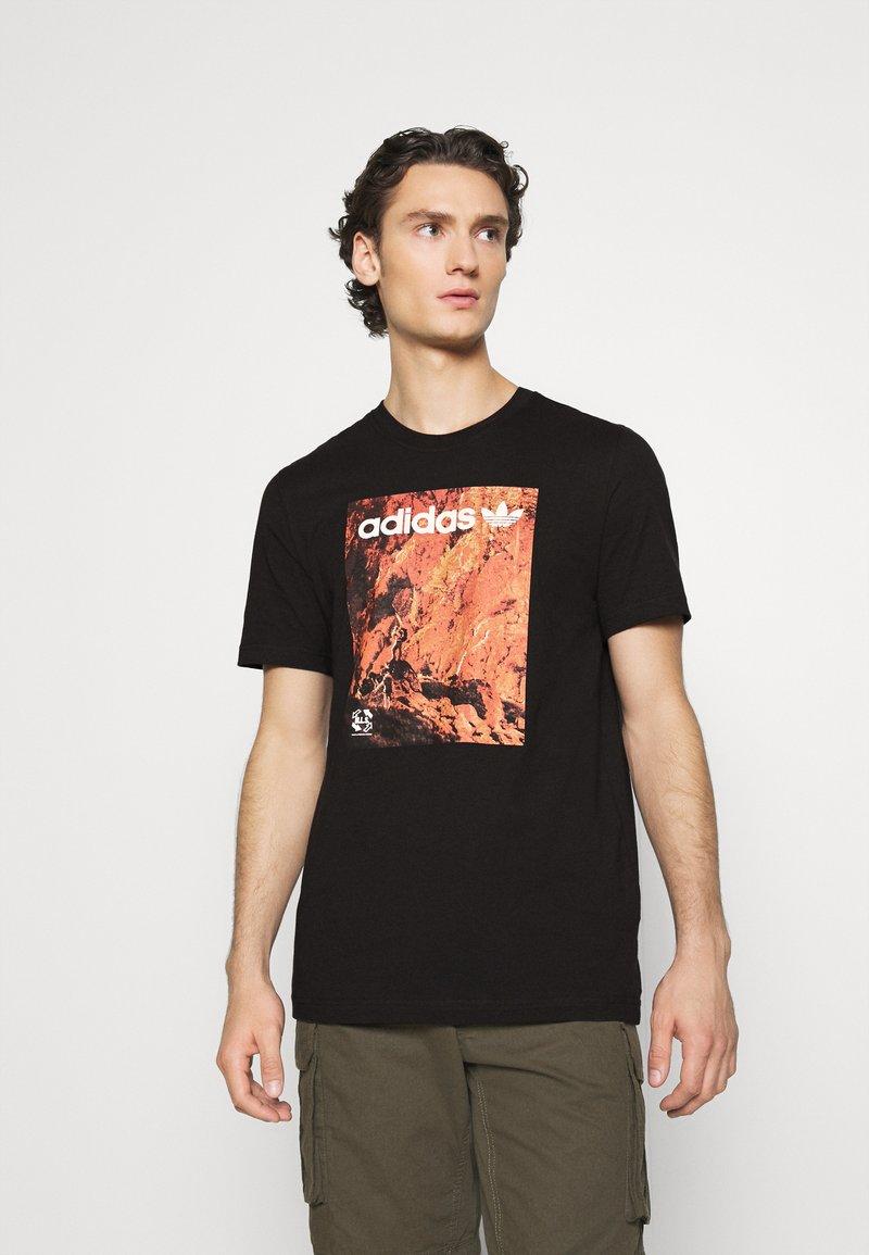 adidas Originals - TEE - Print T-shirt - black