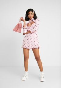 NEW girl ORDER - STAR DRESS - Robe fourreau - pink - 1