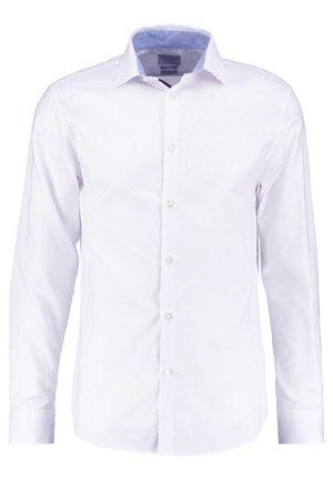 SLHSLIMNEW MARK - Camisa elegante - bright white