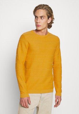 JCOSNOW CREW NECK - Svetr - golden orange