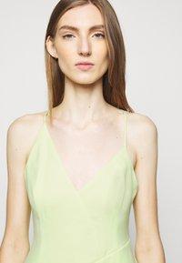 BCBGMAXAZRIA - EVE SHORT DRESS - Cocktailkjole - light green - 3