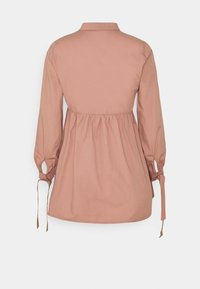 Missguided Petite - TIE CUFF SHIRT DRESS  - Shirt dress - blush - 1