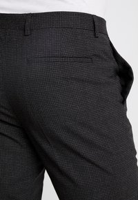 Calvin Klein Tailored - GRID CLASSIC SUIT - Suit - black - 9