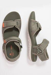 Clarks - STEP BEAT SUN - Sandalias de senderismo - dusty olive - 1