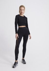 Superdry - LONG SLEEVE - Long sleeved top - black - 1