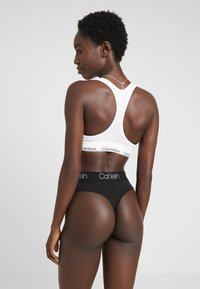 Calvin Klein Underwear - BODY HIGH WAIST THONG 3 PACK - String - black/white/grey heather