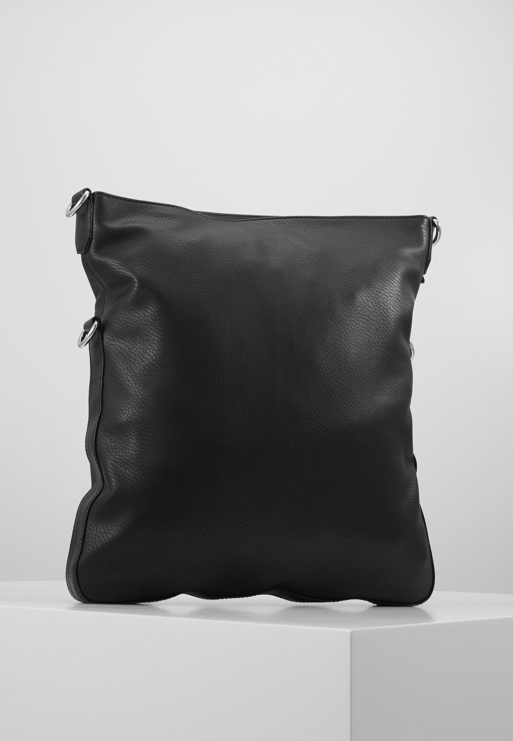 På mode Esprit Håndtasker  black 3lrJS