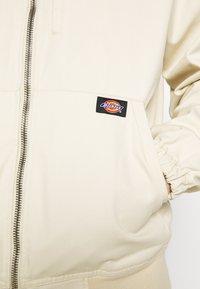 Dickies - ALLENHURST - Summer jacket - light taupe - 5