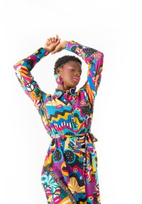 Lolina - PEACE AND LOVE - Vestido camisero - multicolor - 2