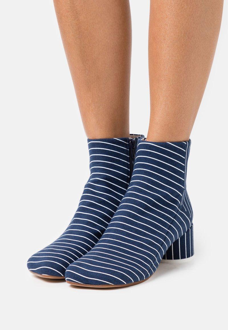 MM6 Maison Margiela - BOOT - Classic ankle boots - true blue/white