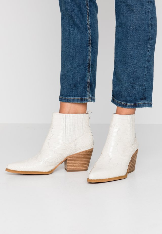 WINONA - Ankle boots - modern ivory