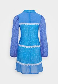 Never Fully Dressed Petite - AYRA MINI DRESS - Korte jurk - blue - 8