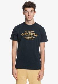 Quiksilver - WIDER MILE - Print T-shirt - black - 0
