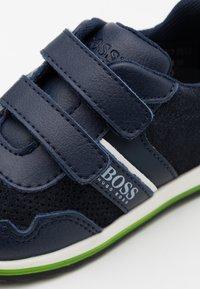 BOSS Kidswear - TRAINERS - Baskets basses - navy - 5