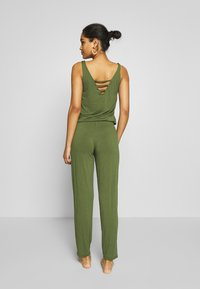 s.Oliver - OVERALL - Complementos de playa - olive - 2