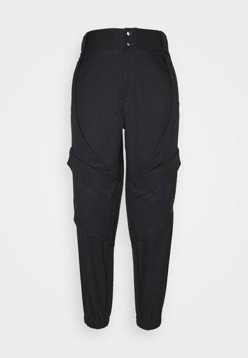 ESSEN UTILITY PANT - Pantaloni cargo - black