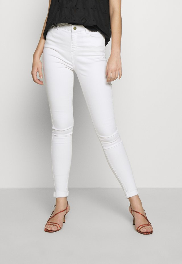 TALL SHAPE & LIFT - Jeansy Skinny Fit - white