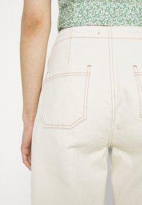 Trendyol - Pantalones - ecru - 5