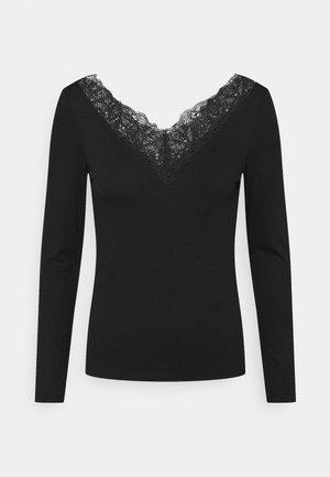 YASELLE V NECK PETITE - T-shirt à manches longues - black