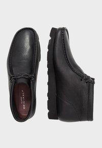 Clarks Originals - Casual lace-ups - black - 1