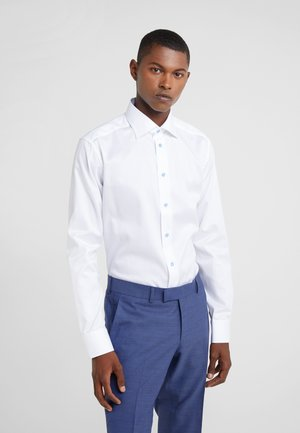 SLIM FIT - Kostymskjorta - white