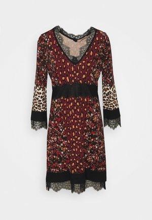 MINI ABITO - Jumper dress - red