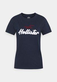 Hollister Co. - TIMELESS - Print T-shirt - navy - 4