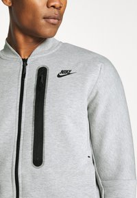 Nike Sportswear - Träningsjacka - grey heather/black - 4