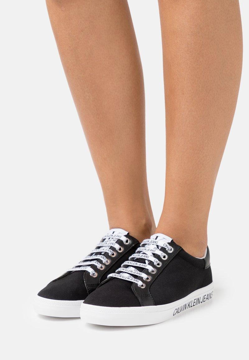 Calvin Klein Jeans - PROFILE LACEUP  - Sneakers laag - black