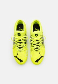 Puma - FUTURE Z 4.1 MG JR UNISEX - Moulded stud football boots - yellow alert/black/white - 3