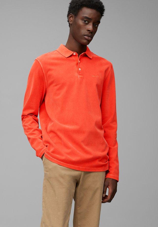 Polo shirt - brick