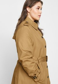 Tommy Hilfiger Curve - Trenchcoat - countryside khaki - 5