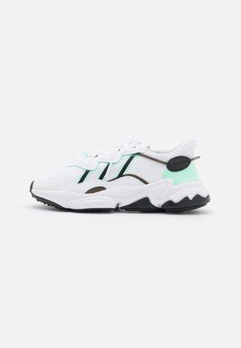 OZWEEGO  - Tenisky - footwear white/frozen green/core black