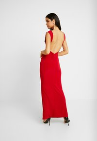 Club L London - BACKLESS RUCHED FRONT SPLIT MAXI DRESS - Suknia balowa - red - 2