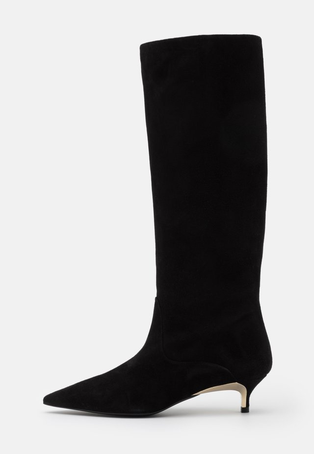 CODE KNEE BOOT - Botas - nero