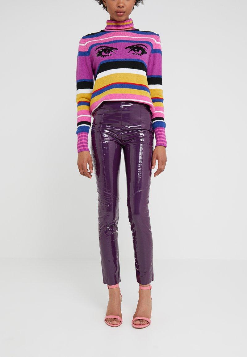 Pinko - TANDEMPANTALONE LATTICE - Kalhoty - purple