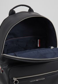 Tommy Hilfiger - BACKPACK - Mochila - black - 4