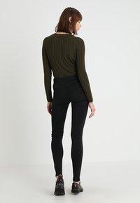 Replay - STELLA HYPERFLEX  - Jeans Skinny Fit - black - 2