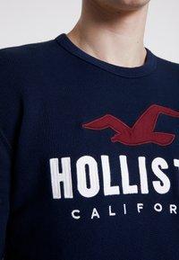 Hollister Co. - TECH LOGO CREW - Mikina - navy - 5