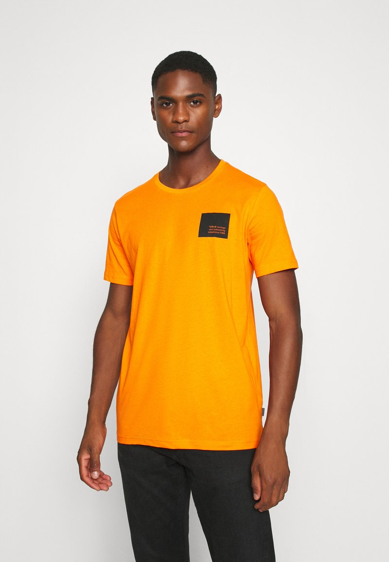 Solid - DAVE - Print T-shirt - orange pee