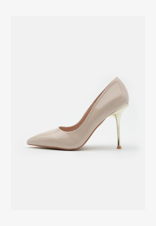 RYANN - Høye hæler - nude