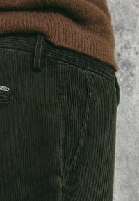 Massimo Dutti - SLIM-FIT LIMITED EDITION  - Chinos - brown - 4