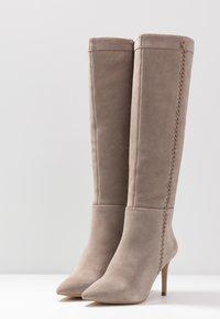 Zign - Boots med høye hæler - taupe - 4
