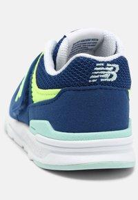 New Balance - IZ997HSY - Sneakers laag - blue - 6